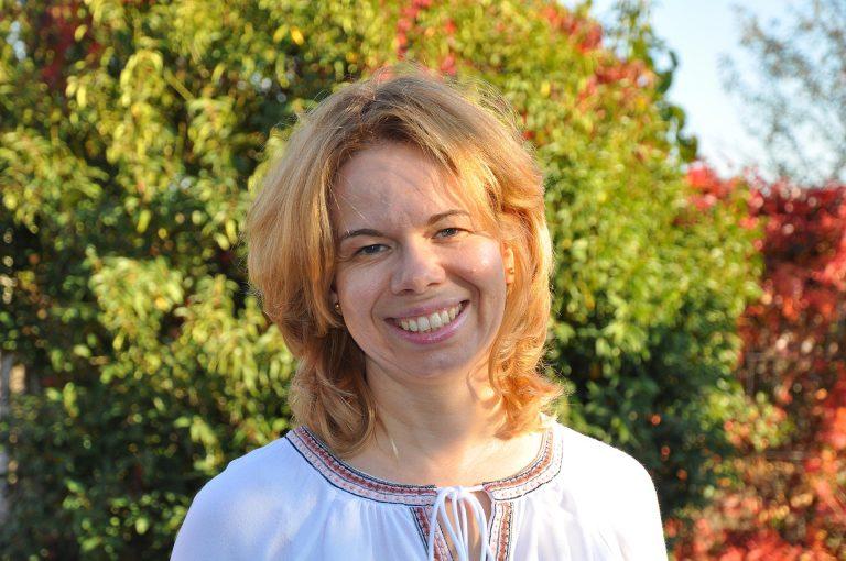 Porträt Dr. Ulrike Weinhold